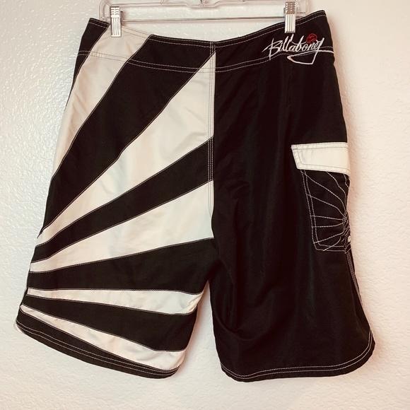 Billabong Andy Iron Board Shorts Size 34